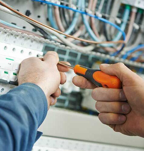 Wykonanie Instalacji Elektrycznych, Instalacje elektryczne iteletechniczne wewnętrzne, Sieci iurządzenia elektroenergetyczne,Odnawialne źródła energii, wykonanie instalacji elektrycznej